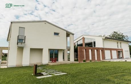 Alzanti scorrevoli in legno 2F - Residenza privata nella campagna veneta 1