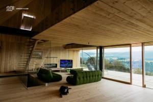 Serramenti-in-legno-2F-Villa-privata-Altopiano-di-Asiago-Roana-Vicenza 15