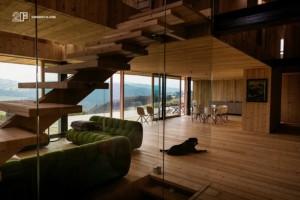 Serramenti-in-legno-2F-Villa-privata-Altopiano-di-Asiago-Roana-Vicenza 17
