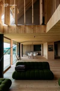 Serramenti-in-legno-2F-Villa-privata-Altopiano-di-Asiago-Roana-Vicenza 18