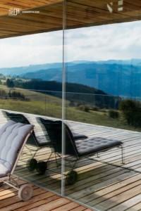 Serramenti-in-legno-2F-Villa-privata-Altopiano-di-Asiago-Roana-Vicenza 35