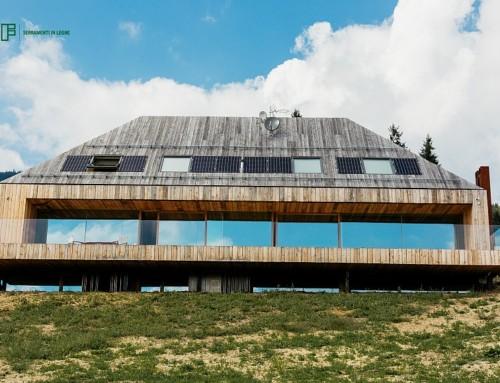Serramenti in legno Clima 80 Linea Recta per una villa di Roana (Vicenza)