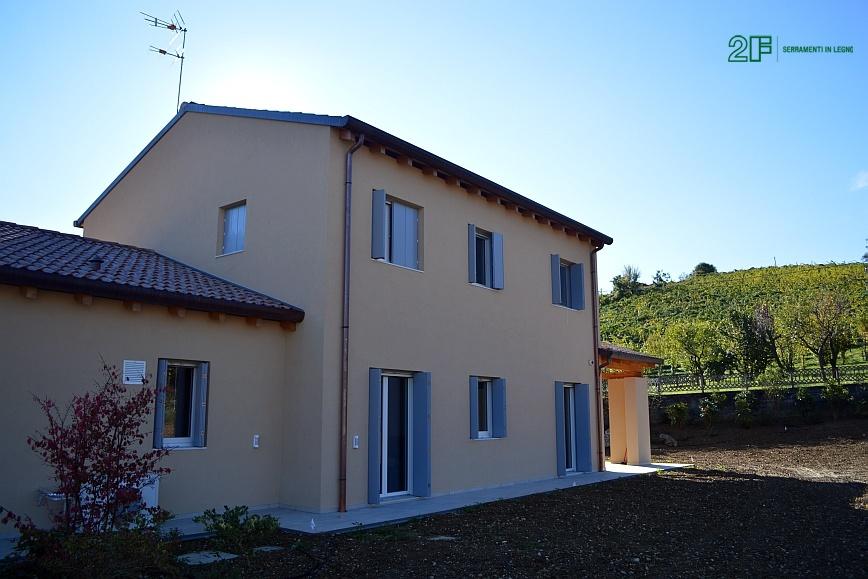 Serramenti in legno per casa passiva di Susegana -Treviso - Veneto - 3