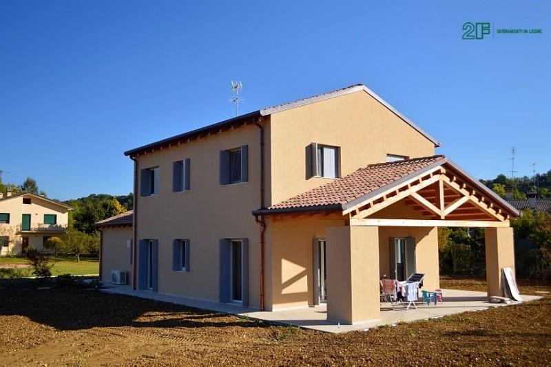 Serramenti in legno per casa passiva di Susegana -Treviso - Veneto - 1