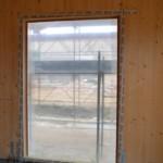 Serramenti in legno 2F per casa passiva xlam in Veneto - posa in opera 11