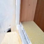Serramenti in legno 2F per casa passiva xlam in Veneto - posa in opera 12