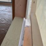 Serramenti in legno 2F per casa passiva xlam in Veneto - posa in opera 23