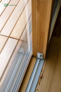 Serramenti in legno con grandi specchiature per un'abitazione moderna di Vicenza - 20