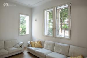 Villa liberty contemporanea - serramenti in legno laccato bianco 2F