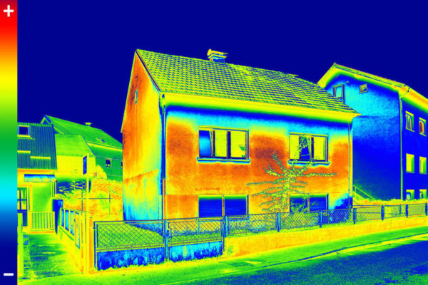 Effcienza energetica di un edificio: analisi termografica