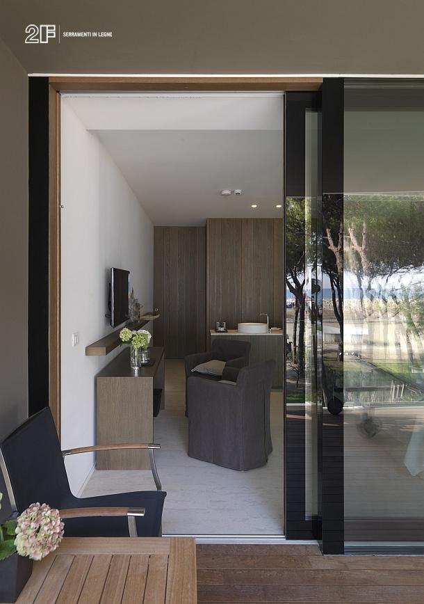 Finestra tuttovetro o legno-vetro di 2F - Vicenza