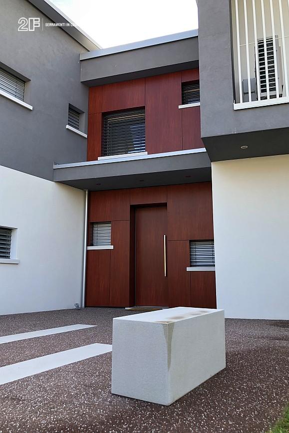 Abitazione moderna con giardino a Costabissara (Vicenza) - serramenti in legno Clima 80 di 2F - 7