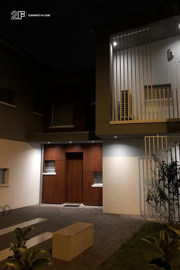 Abitazione moderna con giardino a Costabissara (Vicenza) - serramenti in legno Clima 80 di 2F - 8