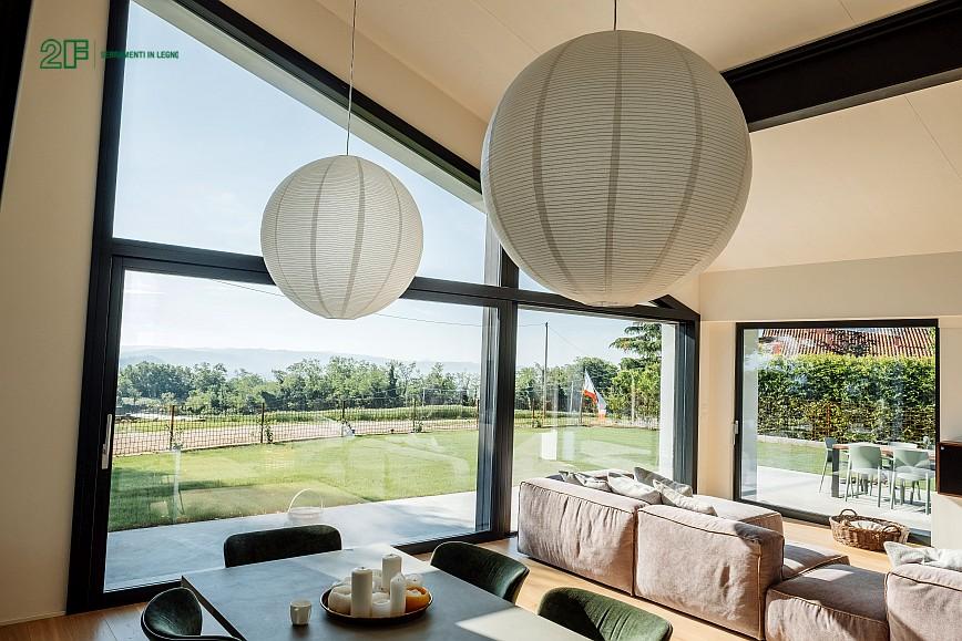 Geometrie e vetro per una villa privata ad Arzignano - Vicenza - serramenti in legno Italia 68 - 17