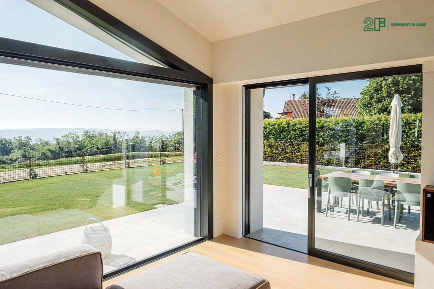 Geometrie e vetro per una villa privata ad Arzignano - Vicenza - serramenti in legno Italia 68 - 18