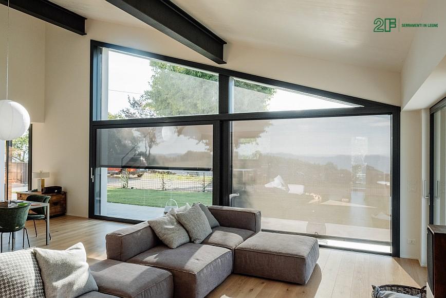 Geometrie e vetro per una villa privata ad Arzignano - Vicenza - serramenti in legno Italia 68 - 8