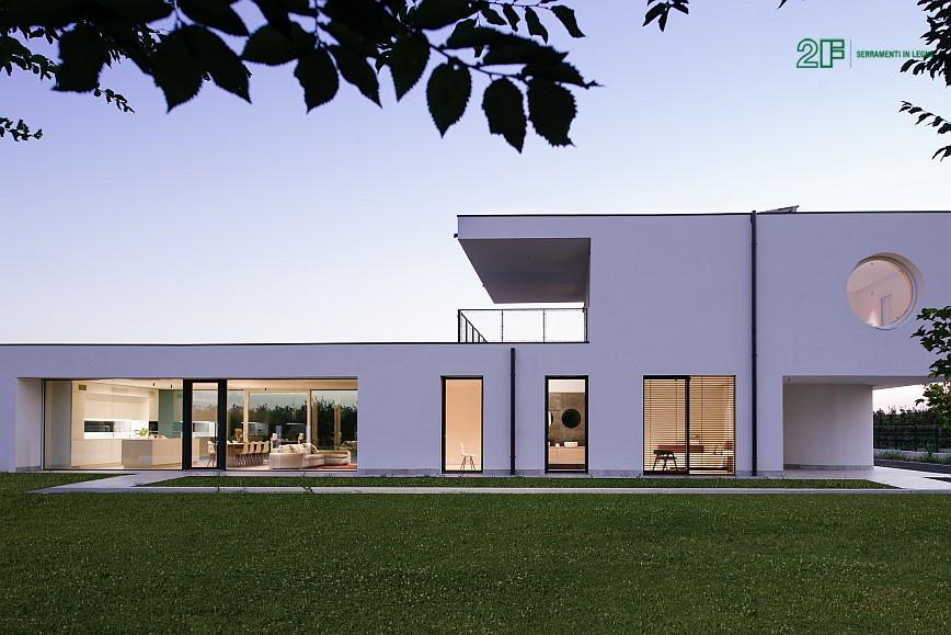 villa privata con grandi vetrate - serramento legno-alluminio 2F - 2