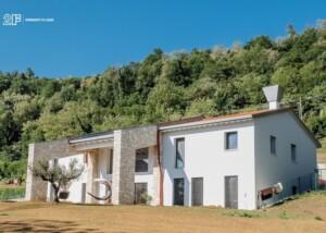 Serramenti legno-alluminio rasomuro 2F per una villa privata di Montecchio Maggiore (VI) - 1