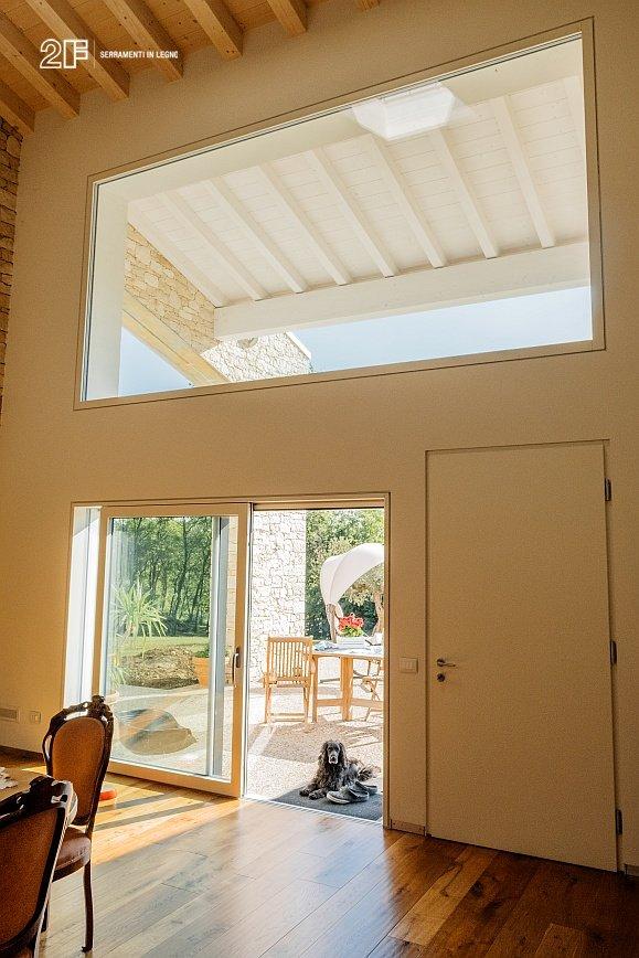 Serramenti legno-alluminio rasomuro 2F per una villa privata di Montecchio Maggiore (VI) - 9